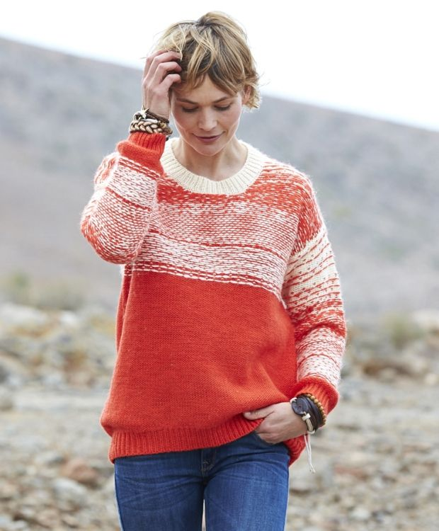 Lee strikket genser Artig genser med vrangstrikket mønster. Myk og god kvalitet av 50% ull 50% akryl. Vask 30ºC