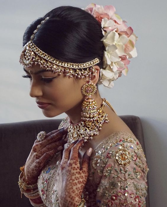 Insta Worthy Indian Bridal Hairstyle   Big Fat Asi... - #Asi #big #Bridal #fat #Hairstyle