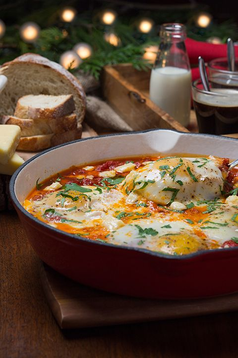 INGREDIENTS BY SAPUTO | Christmas dinner may be over, but what will you be eating on New Year's? Try our recipe for poached eggs with tomato sauce and Armstrong Cheddar for brunch on January 1st. It's a great way to finish the holiday season with a bang!