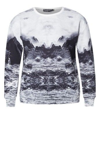 It's the season of pumpkin spice latte and everything cosy. Like a hug that is wearable, let Something Borrowed keep you warm and snug in this long sleeved sweater that is not just comfy but also styled with a majestic landscape, just perfect for the wanderlust.   - Polyester - Crew neckline - Long sleeves - Landscape print - Relaxed fit  - Unlined