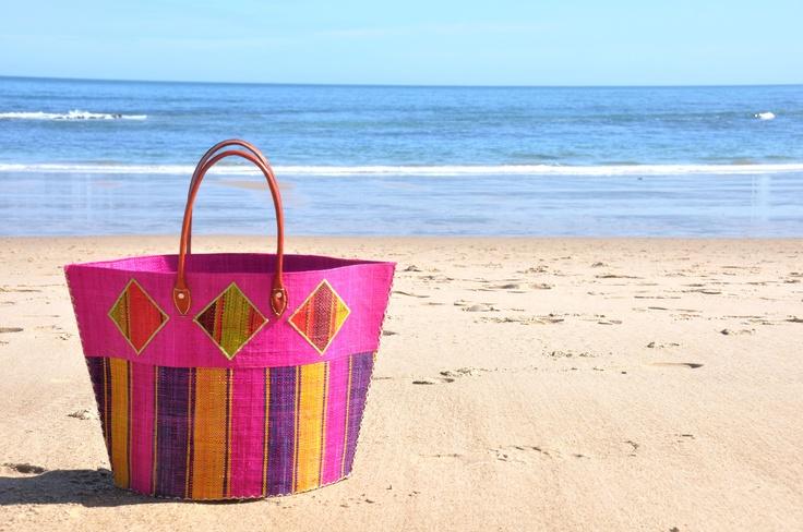 Tu cesto y tu playa, qué más necesitas???
