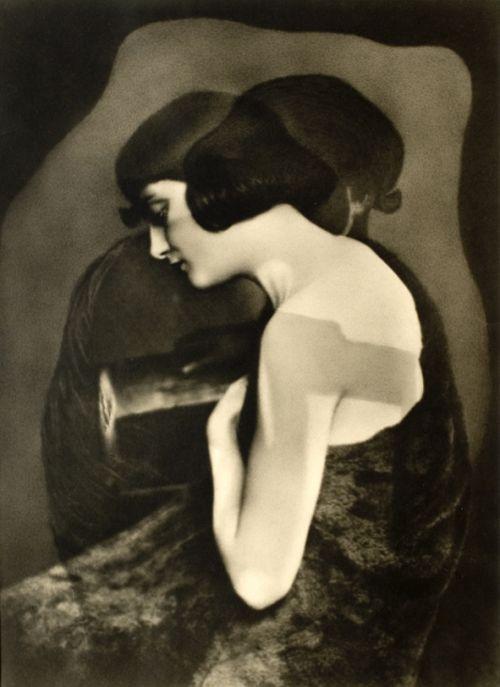 Riise John Olav Study of a Lady 1928 - Norway - Monoskop