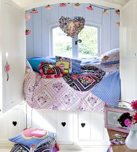 Convey Your Little Girl S Personality Through Her Bedroom: 128 Best Alcove Beds Images On Pinterest