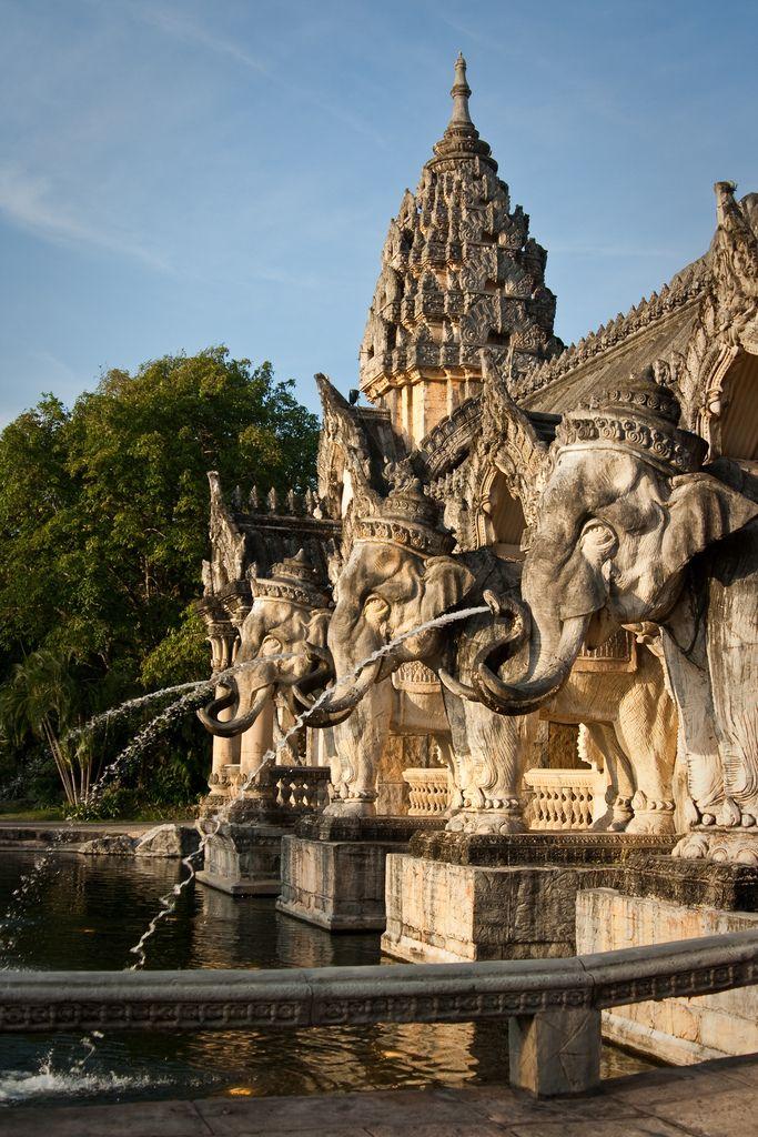 Phuket FantaSea | Explore Qsimple, Memories For The Future P… | Flickr - Photo Sharing!
