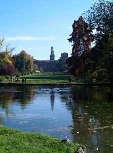 Parco Sempione in Milan, Italia- Il parco e stato restaurato nel 1880.
