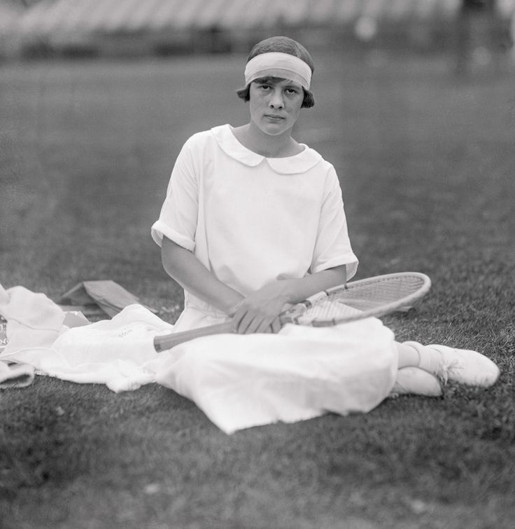 1925 - Joan Fry. British tennis player.
