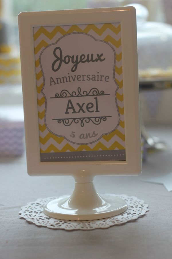 sweet table le petit prince jaune gris