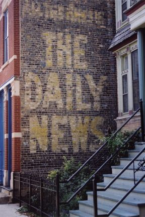 the Chicago Daily News ghost sign at 1927 N. Halsted. This is great public art that's been around for almost a century!