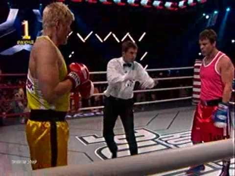 Real Boxing Match: Dolph Lundgren vs Oleg Taktarov - http://www.dravenstales.ch/real-boxing-match-dolph-lundgren-vs-oleg-taktarov/