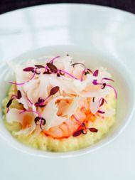 Recept: risotto met witte kool, garnalenolie en langoustines http://www.sante.nl/food/3321/recept-risotto-met-witte-kool-garnalenolie-en-langoustines
