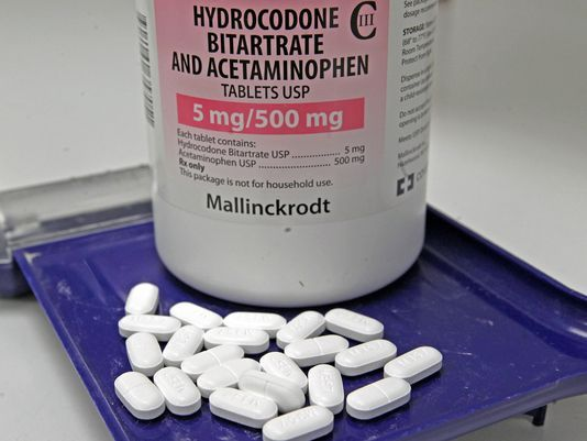 Non-addictive narcotic painkillers may be close Pinned by the You Are Linked to Resources for Families of People with Substance Use  Disorder cell phone / tablet app Novemeber 14,  2014;      Android https://play.google.com/store/apps/details?id=com.thousandcodes.urlinked.lite   iPhone -  https://itunes.apple.com/us/app/you-are-linked-to-resources/id743245884?mt=8con