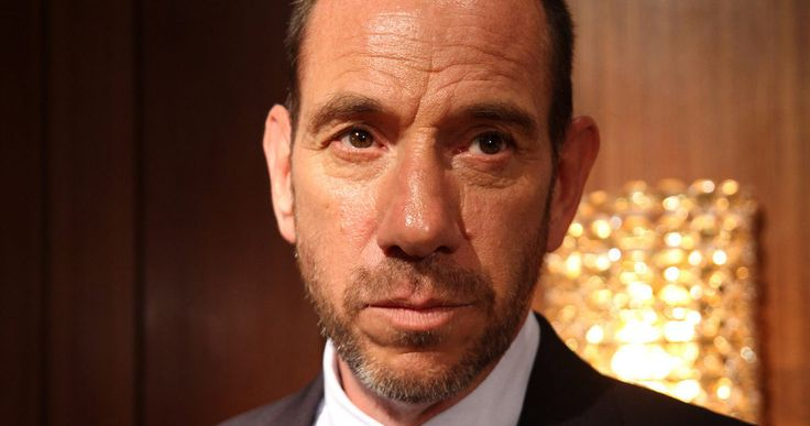 'Twin Peaks' Brings Back Miguel Ferrer as Albert Rosenfield -- Miguel Ferrer has come aboard to reprise his role from the original 'Twin Peaks' as FBI agent Albert Rosenfield in Showtime's revival series. -- http://movieweb.com/twin-peaks-revival-cast-miguel-ferrer/