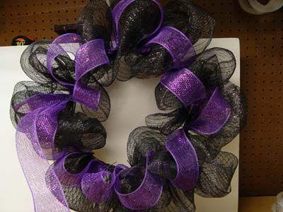 halloween deco mesh wreaths | How to Make a Halloween Wreath Using the EZ Wreath Form Trendy Tree ...