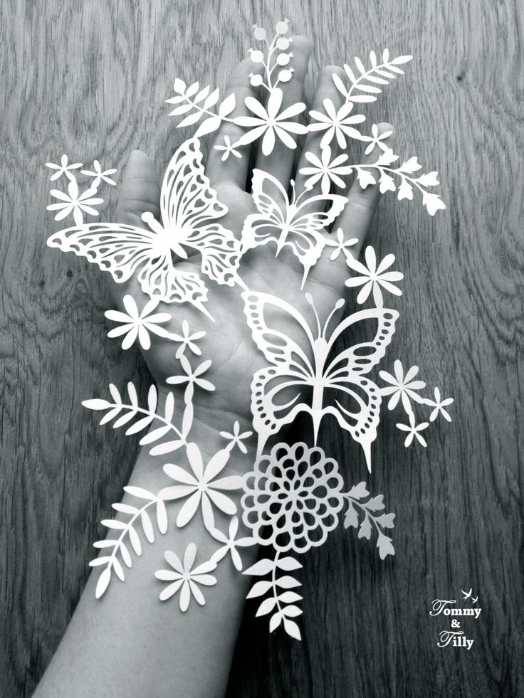 PERSONAL USE Flowers & Butterflies Design - Papercutting Template to print and cut yourself by TommyandTillyDesign on Etsy https://www.etsy.com/listing/234536908/personal-use-flowers-butterflies-design