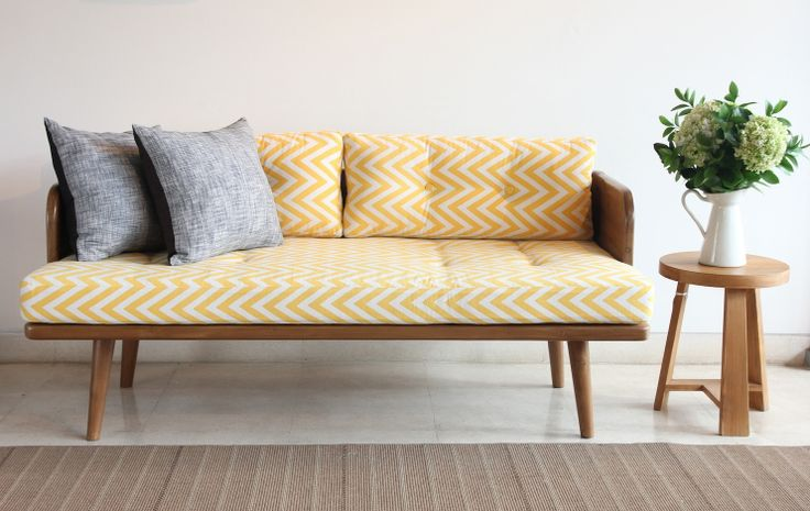 Obi Love Seat with Yellow Chevron Cover. The obi Love includes the mattress seat and backrest. (decorative pillows not include ). The frame material is made from solid teak wood finishing Ashes teakblock recycled mix. The size: 160cm x 75cm x height 66cm