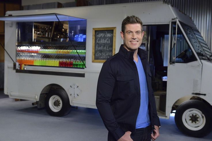 Host Jesse Palmer of Food Network's Food Truck Face Off