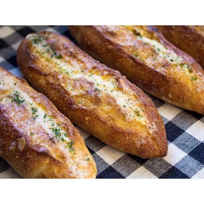 オパンのガーリックフランス(2016.09.11) | OPAN オパン|東京 笹塚のパン屋