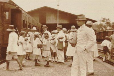 Statsioon Bandoeng. Stasiun Bandung 1920-1925
