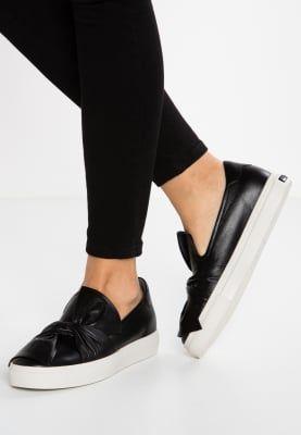 Sneakers Kennel + Schmenger BASKET - Sneakers laag - schwarz/weiß Zwart:  224,