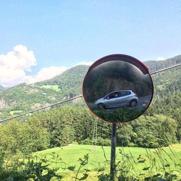 Instagrammer marcellamolenaar verkende de Italiaanse Dolomieten met een huurauto. Deel ook je roadtrip plezier op social media met de hashtag #meteenhuurautoziejemeer