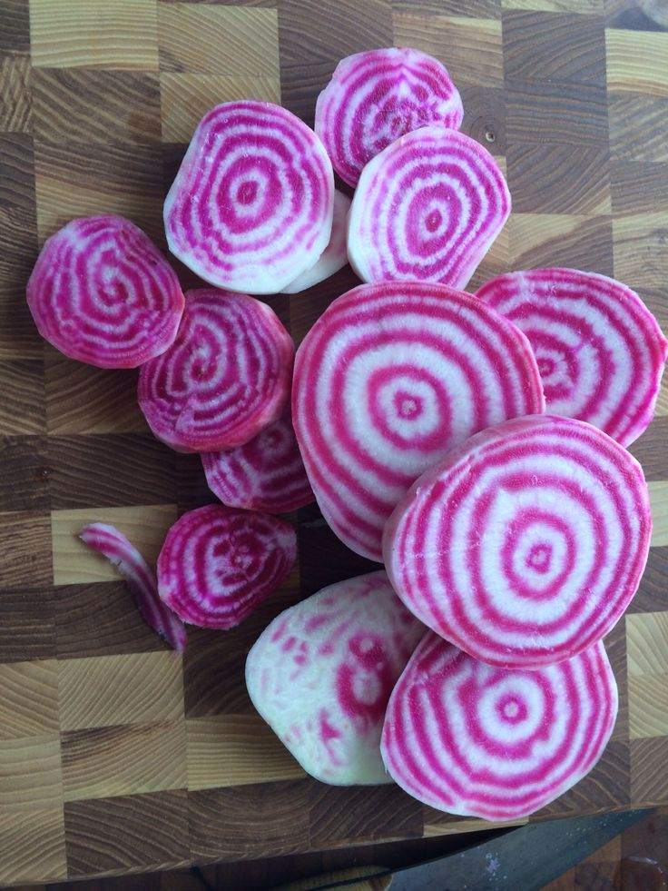 I received these beautiful candy cane beets in my CSA from my local farmers' market last week. Here I've sliced them to get them ready for soup.