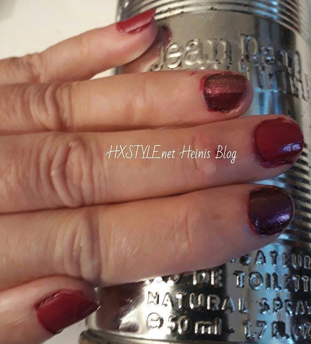 MUOTI&KAUNEUS. Viikon Väri, KYNNET viininpunainen. TYKKÄÄN myös Parfyymeistä. Vaihtelen Tuoksuja ja Kynsien värejä. Tykkäätkö Sinä?  Jatkuu...#kauneus #kynnet #väri #parfyymi #kynsilakat #syksy #tyyli #muotiblogi #kynnet ❤💅📚💡💓☺😉📷👀👋
