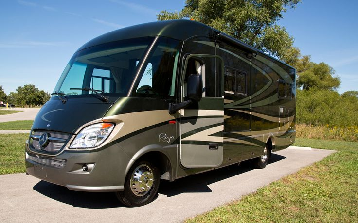 http://image.motortrend.com/f/roadtests/minivans-vans/1209_uplifted_mercedes_benz_sprinter_2500_first_drive/43651314/Mercedes-Benz-Winnebago-Itasca-Reyo-25T-RV-front-three-quarter.jpg