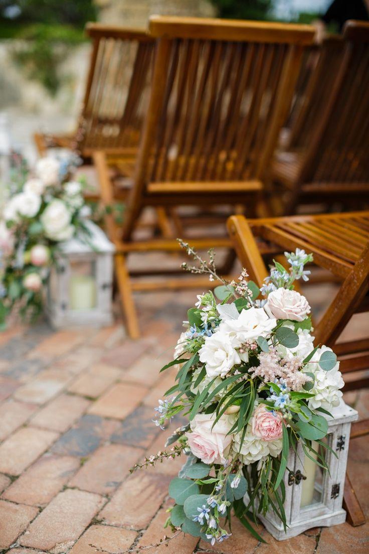 Floral Lanterns Aisle Decor
