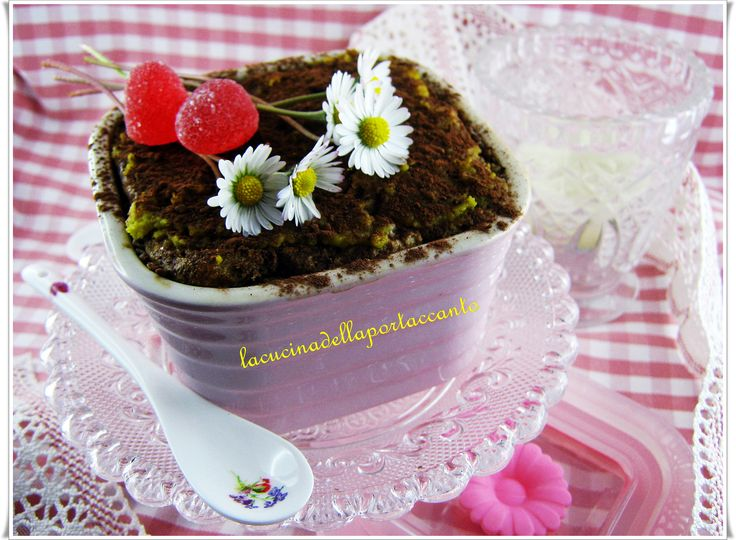 Zuppa inglese con uova sode lactose-free