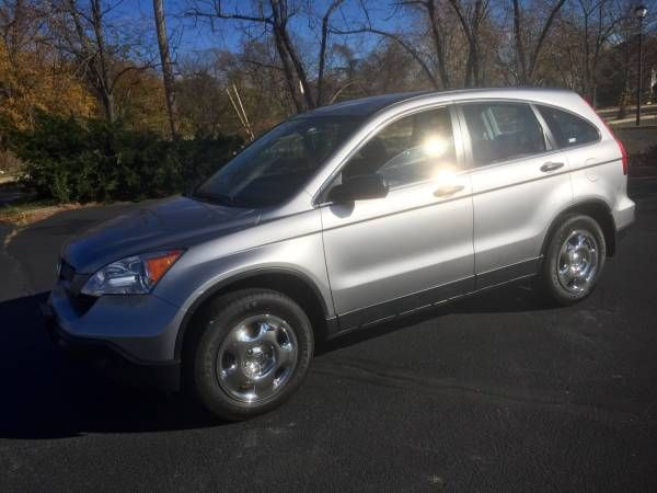 2008 Honda CRV First Owner Looks Drives New lower mi