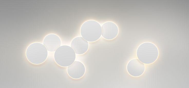 ECLIPSE  Настенные светильники могут не только освещать, но и создавать отблески и удивительные рисунки на окружающих поверхностях. Они во многом определяют качество пространства, решая, что заслуживает света, а что лучше оставить в тени. #centrsvet #light #lightdesign #свет #дизайн #интерьер #декор #световыерешения #световойдизайн