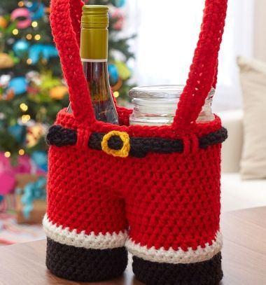 Crochet Santa pants bag from mason jars (free crochet pattern) // Horgolt mikulás nadrág - kreatív mikulás ajándék (angol horgolásminta) // Mindy - craft tutorial collection // #crafts #DIY #craftTutorial #tutorial #DIYGift #Gifts #KreatívAjándék #HandmadeGifts