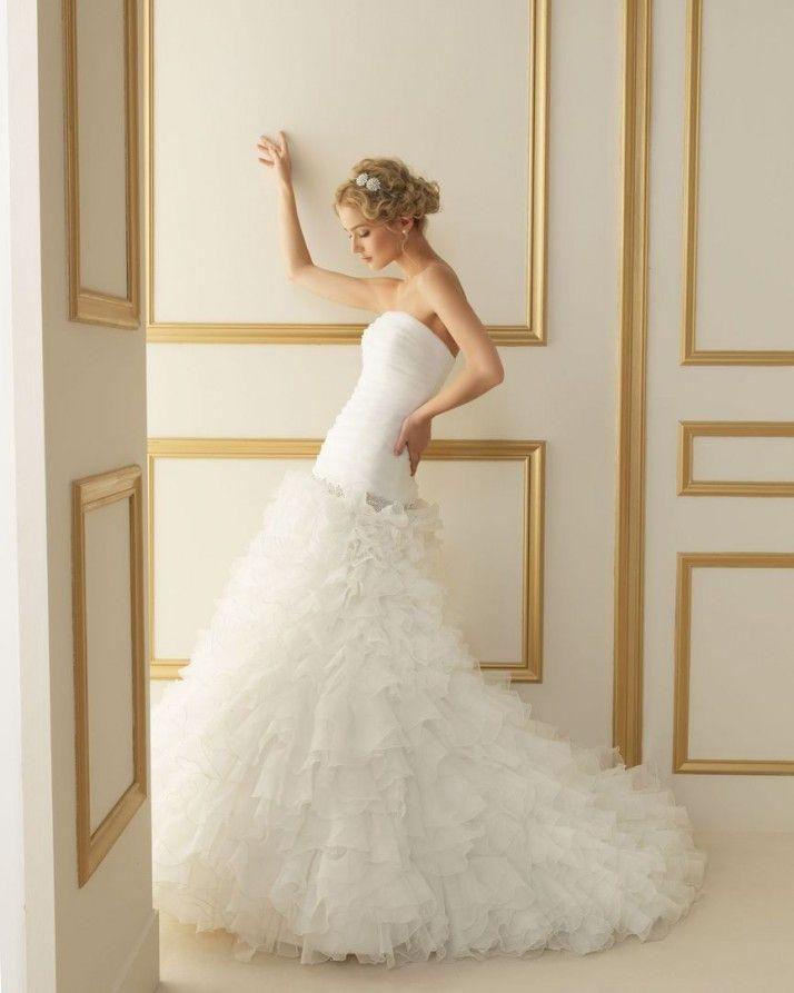173 TORNADO / Wedding Dresses / 2013 Collection / Luna Novias