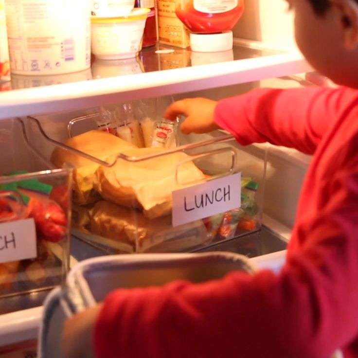 Organization Hacks For A Stress-Free Morning With The Kids // #kids #hacks #organization #school #mealprep