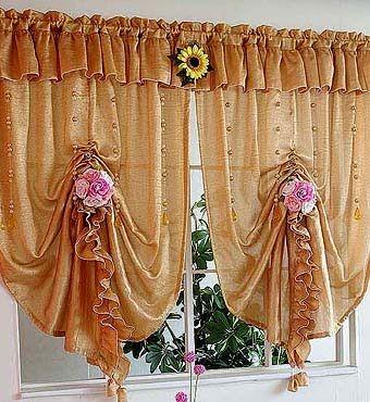 красивые яркие шторы для кухни