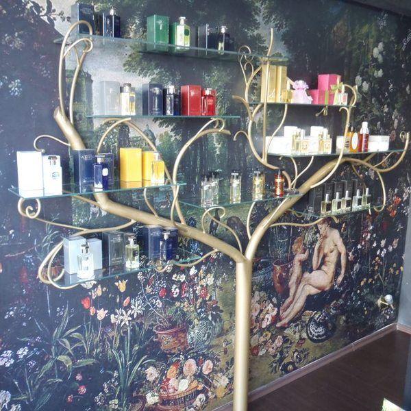Perfumes and Silks