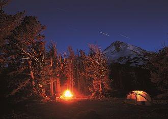 HOOD RIVER FRUIT LOOP ART   Camping