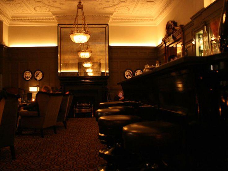 Hotel bar hookup