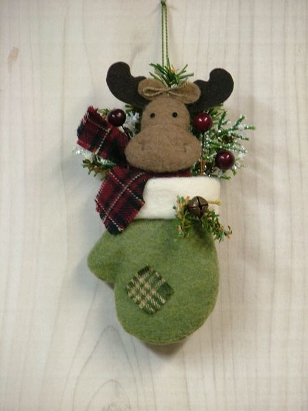 Santa's Mittens: Chocolate Moose