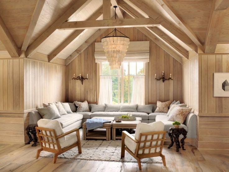 Wohnlandschaft landhausstil  Wohnzimmer mit großer Wohnlandschaft und Holzstühlen | Moods ...