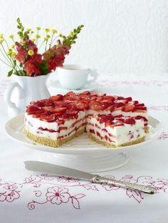 Das Rezept für Erdbeer-Philadelphia-Torte und weitere kostenlose Rezepte auf LECKER.de
