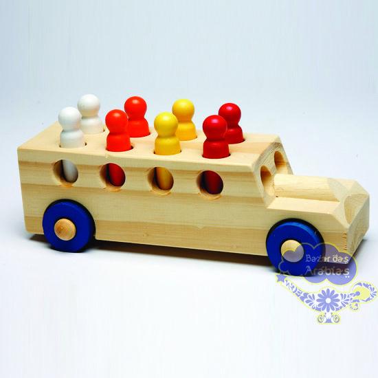 Caminhãozinho, Caminhãozinho GR Brinquedos, Caminhão de Madeira com Pinos, Caminhãozinho de Madeira com pinos, GR Brinquedos, Brinquedos de Madeira,