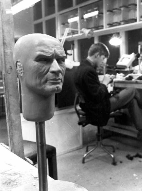 colonel white head