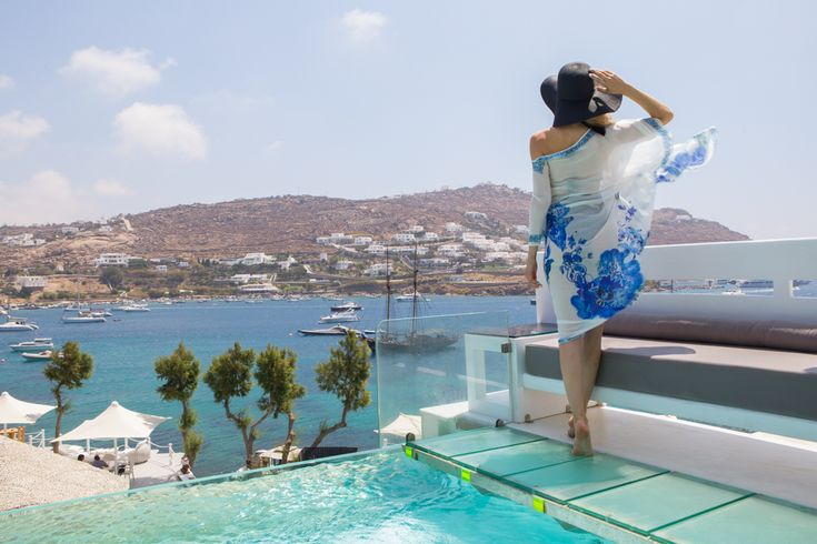 If you held up a mirror to your own luxury #holiday dream world, you couldn't get a better reflection than #Kivotos, #Mykonos #kivotosmykonos #mykonos #luxuryhotels #instatraveling #travelgram #summer http://qoo.ly/nbqhz