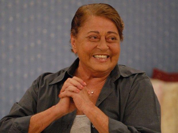 O corpo da atriz e cineasta Norma Bengell, de 78 anos, será velado no Cemitério São João Batista, em Botafogo, na Zona Sul do Rio a partir das 18h desta quarta-feira (9/10/2013), segundo o primo da atriz, Egiberto Guimarães Costa. A cremação está marcada para às 14h de quinta-feira (10/10/2013) no Cemitério do Caju, na Zona Portuária. A atriz morreu por volta das 3h desta quarta-feira (9/10/2013) vítima de câncer de pulmão.