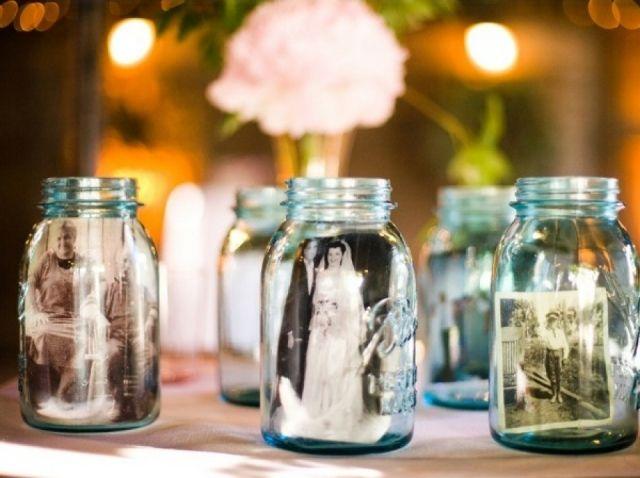"""""""Herrineringspotjes"""" Heb je al eens gedacht aan deze manier om oude foto's / herrineringen te verwerken in je bruiloft!"""