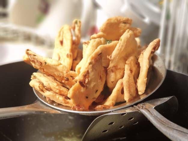 Resep Kue Bawang Keripik Mumbai Oleh Md S Kitchen Resep Resep Keripik Resep Masakan