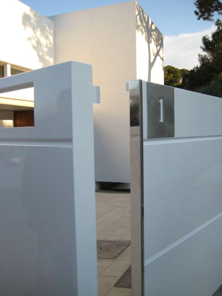 M s de 1000 ideas sobre puertas de aluminio en pinterest for Puerta aluminio blanco