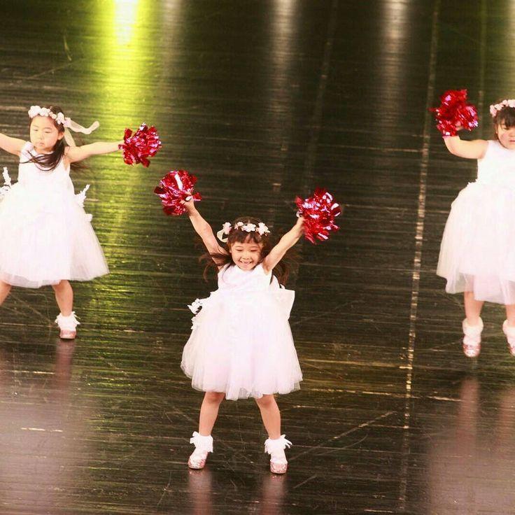 「Tune in FESTIVAL VOL.2」  2017年5月7日(日)彩の国さいたま芸術劇場 大ホール キッズジャズダンス(振付:SACHIYO先生) https://www.tunein-creative.com/sachiyo/ https://www.tunein-creative.com/festival/ 【Tune in DANCE STUDIO】(チューンイン ダンススタジオ)  https://www.tunein-creative.com/  埼玉県川口市青木5-18-30  5-18-30, Aoki, Kawaguchi-shi, Saitama, 332-0031, Japan TEL:048-255-2979