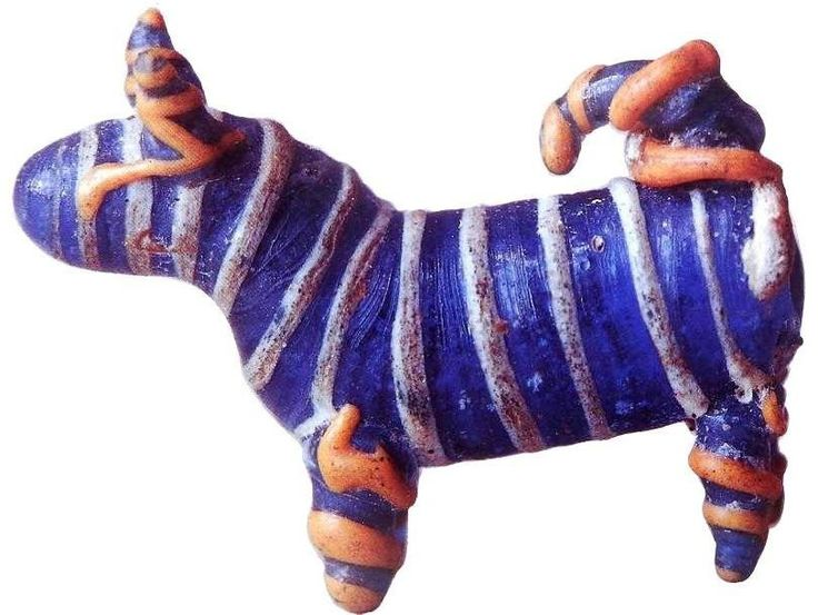 Miniature glass dog from a Celtic burial (#31) at Wallertheim, (Rhineland) Germany